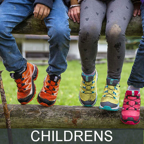 Kids' hiking shoes