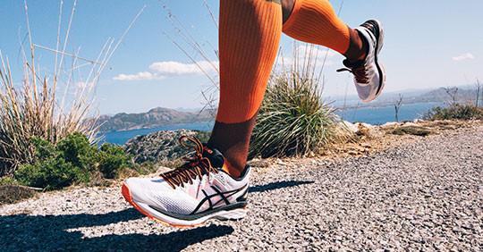 Asics sporta apavi